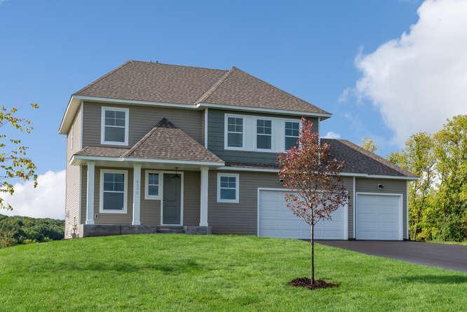 单亲家庭 为 销售 在 Fawn Hill - Hyland 7520 Fawn Hill Rd Chanhassen, Minnesota 55317 United States