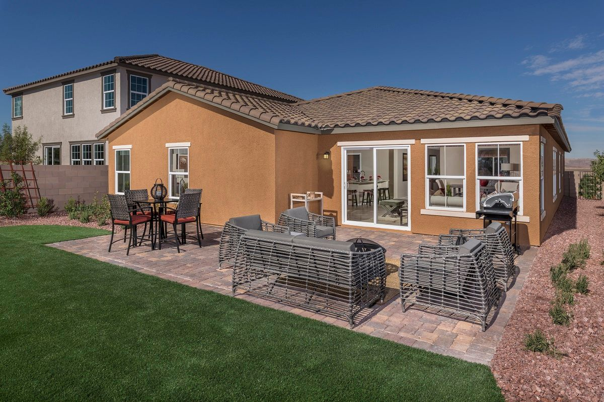 Talesera hills new homes in henderson nv by kb home for Henderson house