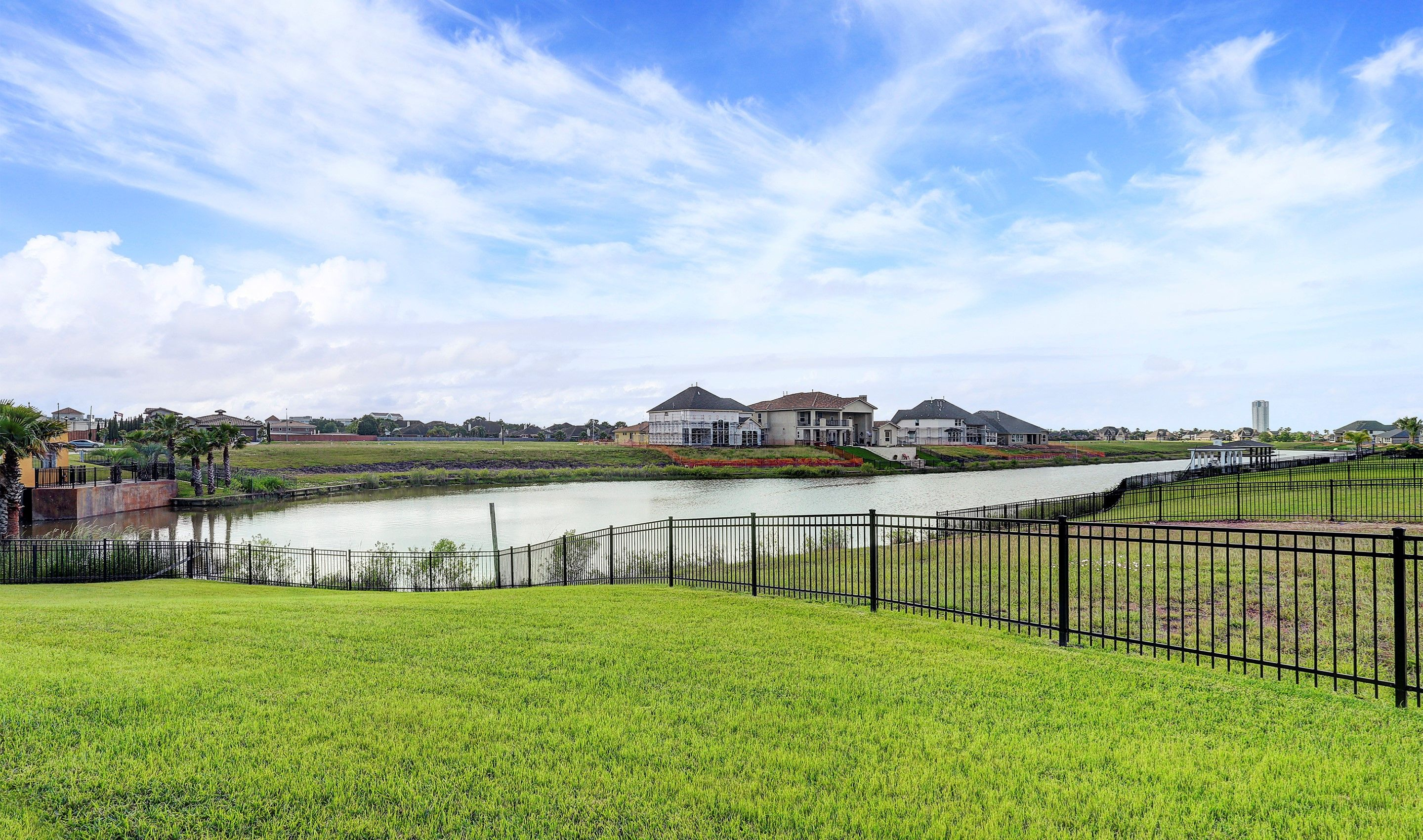 Single Family for Sale at Stanley 530 Amalfi Drive Kemah, Texas 77565 United States
