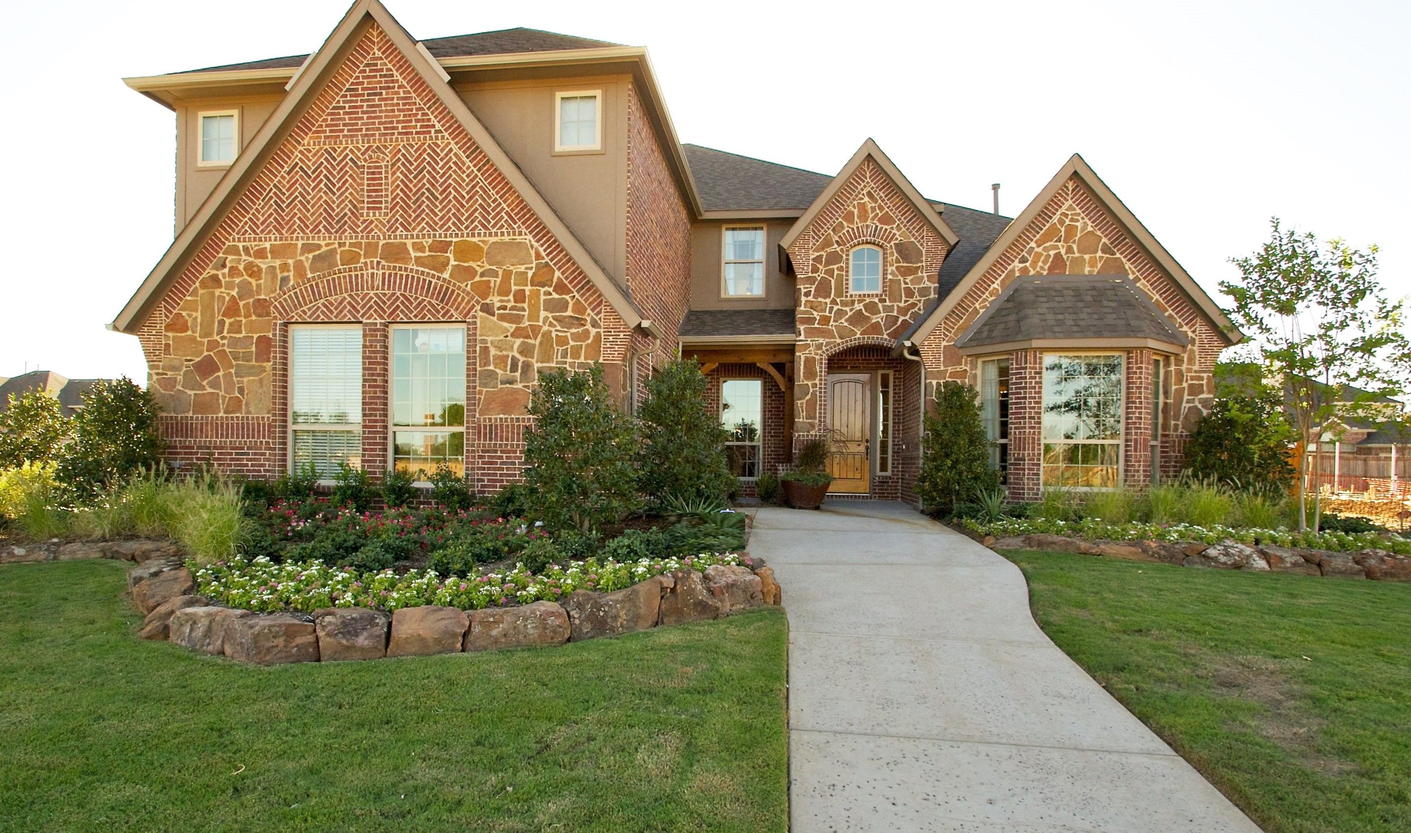 Real Estate at 620 Paint Creek Court, Homesite C-13, Murphy in Collin County, TX 75094
