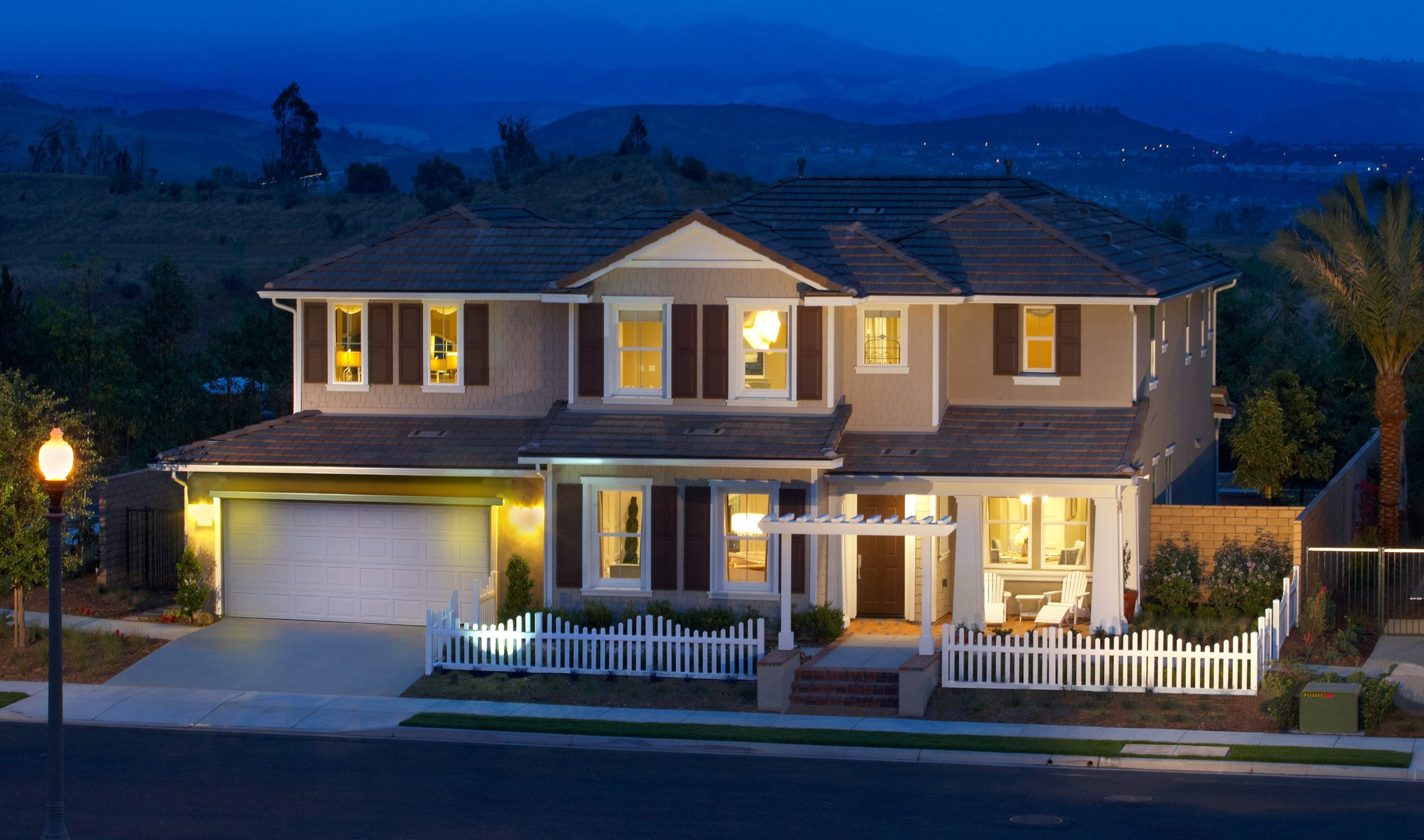 Single Family for Sale at The Estates Collection At Meridian Hills - Belmont 6824 Shadow Wood Drive Moorpark, California 93021 United States