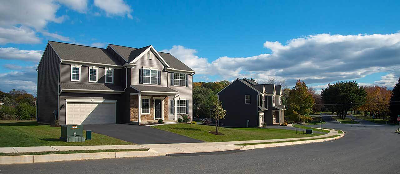 Single Family for Sale at Oakmont 18 Creekside Drive Lebanon, Pennsylvania 17042 United States