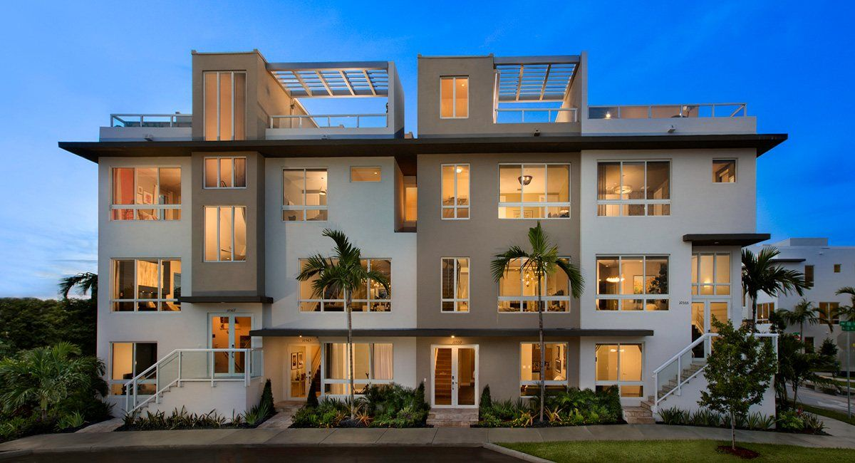 Multi Family للـ Sale في Landmark : 3-Story Townhomes - Model D 6500 Nw 105th Place Doral, Florida 33178 United States