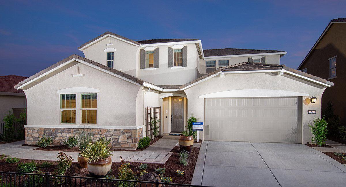 Unifamiliar por un Venta en Monterosa At Fiddyment Farm - Residence 3312 1281 Makeway Street Roseville, California 95747 United States