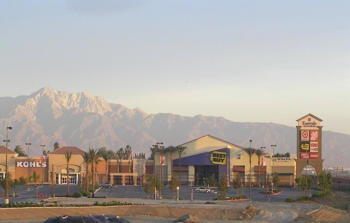 Single Family for Active at Residence Three 6870 Rivanna Way Jurupa, California 91752 United States