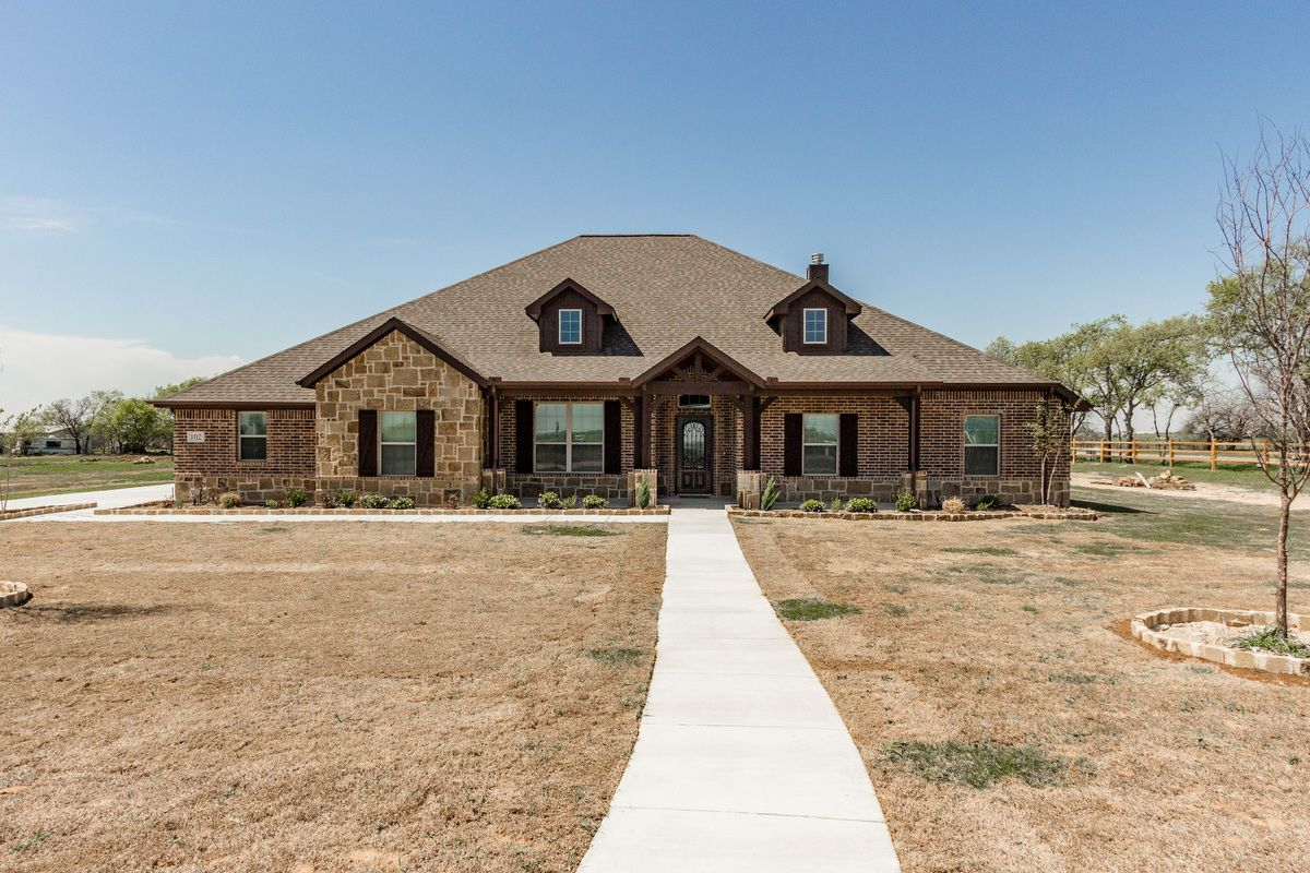 Single Family for Sale at Colca Ii 118 County Road 4223 Decatur, Texas 76234 United States