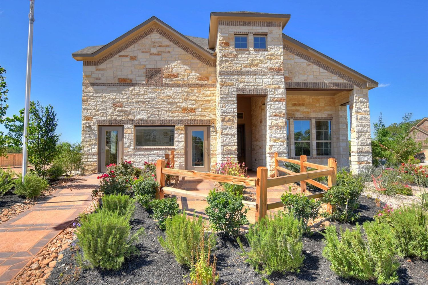 Single Family for Sale at Rosewood 15734 La Subida Trail Helotes, Texas 78023 United States