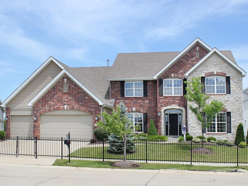 Single Family for Sale at Ellington 4986 Quail Crest Court St. Louis, Missouri 63128 United States