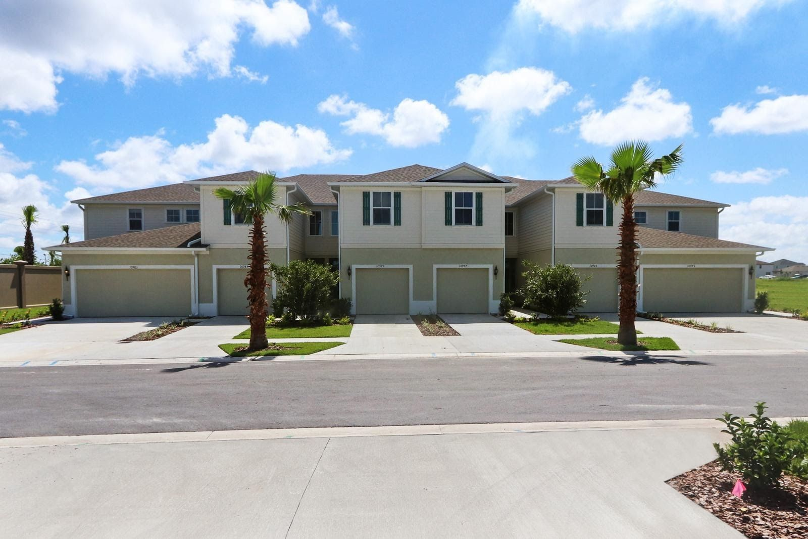 Photo of Townhomes at Lucaya Lake Club in Riverview, FL 33579