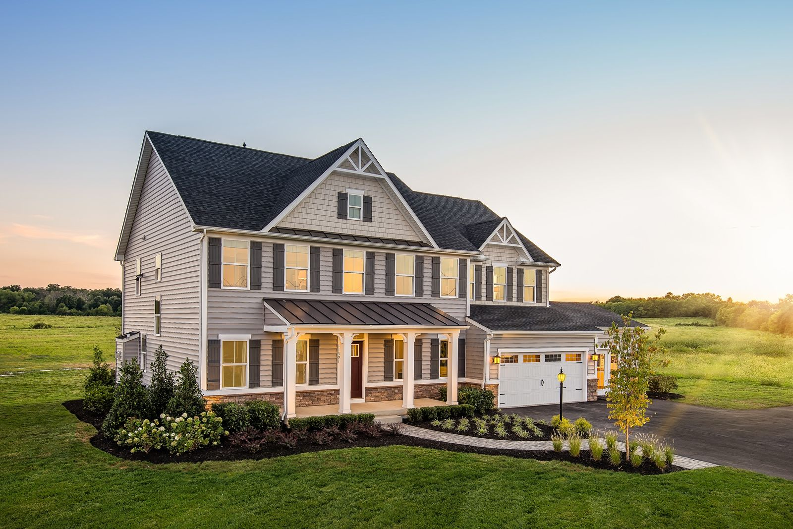 Single Family for Active at Warrenton Chase - Normandy 7807 Warrenton Chase Drive Warrenton, Virginia 20187 United States