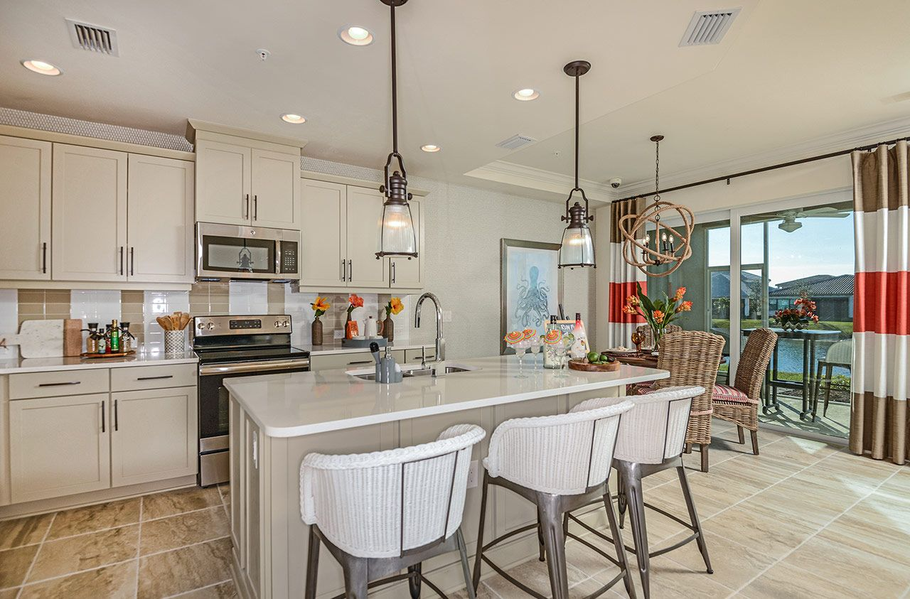 Photo of Kendal in Naples, FL 34120