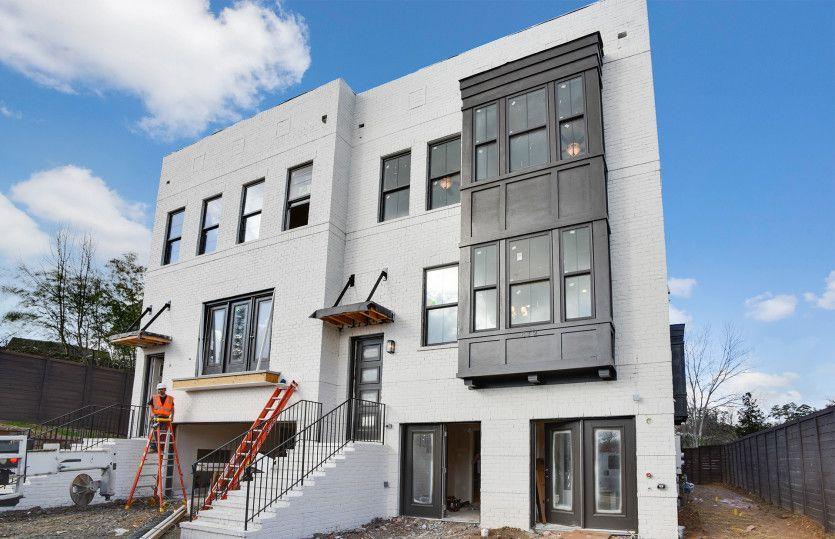 Real Estate at 822 Stone Ridge Lane, Atlanta in Fulton County, GA 30324