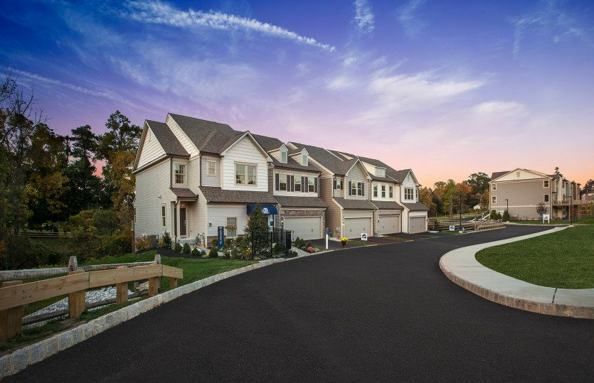 Linden Hall, Downingtown, PA Homes & Land - Real Estate