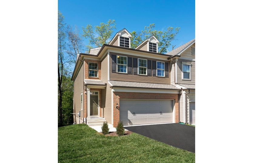 Real Estate at 8 Nicklaus Drive, Downingtown in Chester County, PA 19335