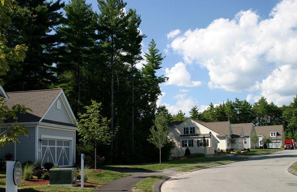 单亲家庭 为 销售 在 Abbeyville 74 Jackson Drive Holliston, Massachusetts 01746 United States