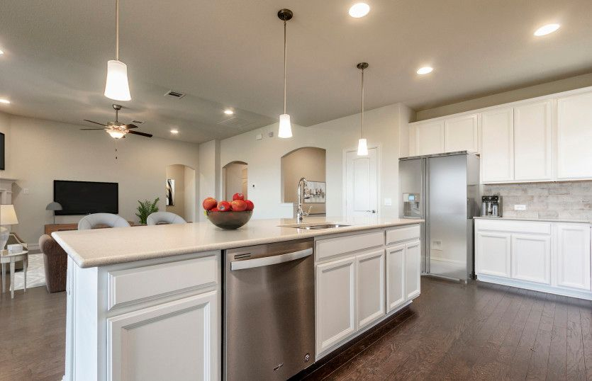 http://partners-dynamic.bdxcdn.com/Images/Homes/PulteHomes/max1500_35092454-190907.jpg