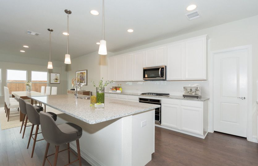 http://partners-dynamic.bdxcdn.com/Images/Homes/PulteHomes/max1500_35092460-190914.jpg
