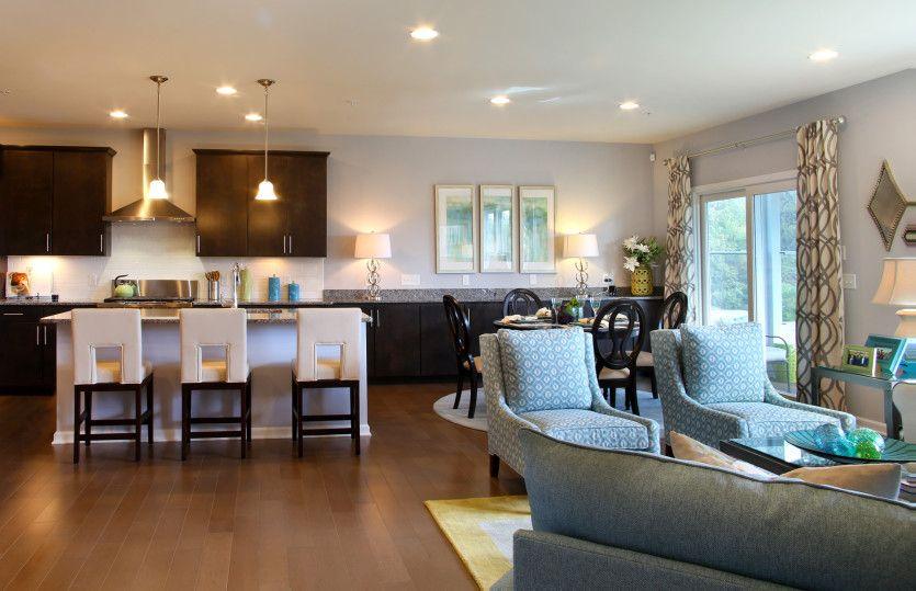 单亲家庭 为 销售 在 Legacy Farms - Continental 79 Spruce Street Hopkinton, Massachusetts 01748 United States