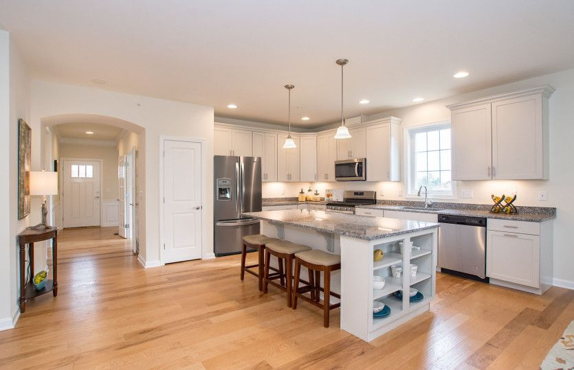 单亲家庭 为 销售 在 Legacy Farms - Abbeyville 79 Spruce Street Hopkinton, Massachusetts 01748 United States