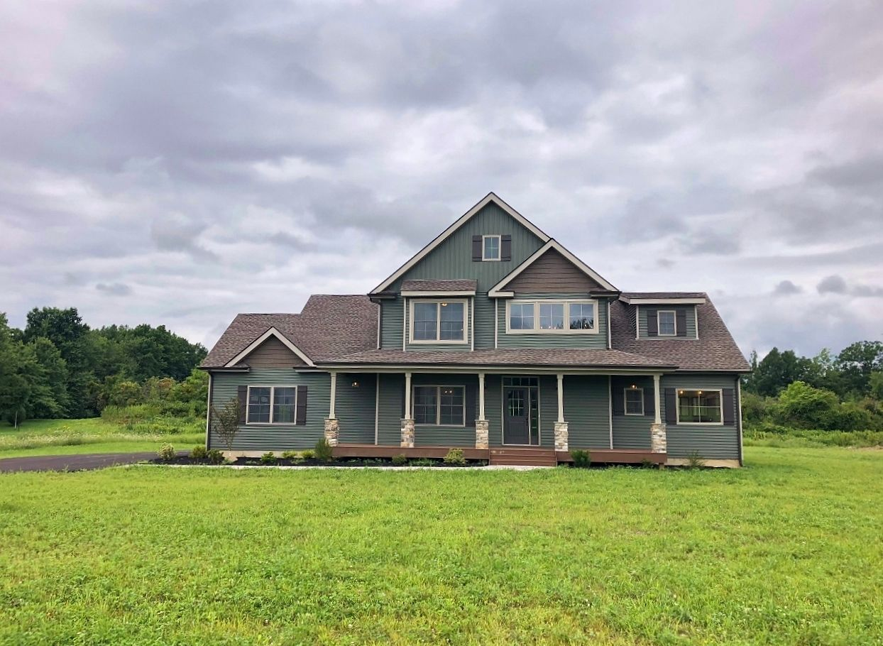 Single Family for Active at Mountain View At Gardiner - The Thistle New Paltz, New York 12561 United States