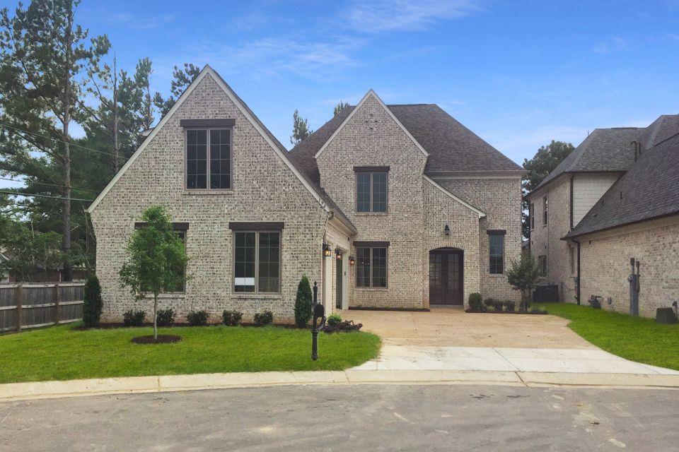 单亲家庭 为 销售 在 Fletcher 194 Chadwick Woods Lane Collierville, Tennessee 38017 United States