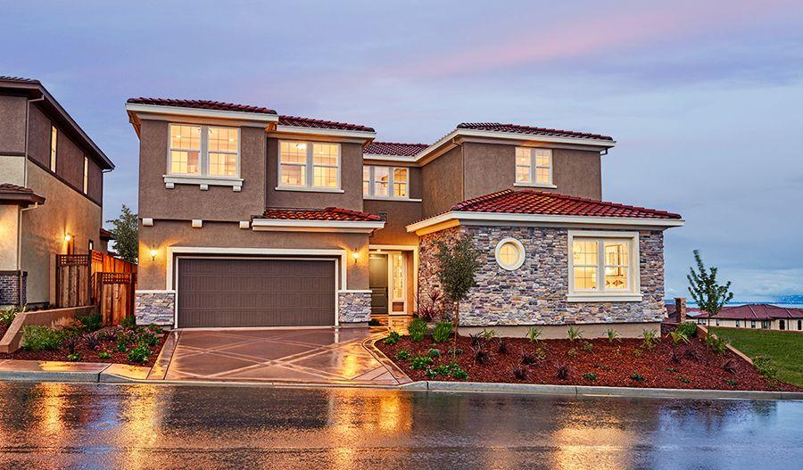 单亲家庭 为 销售 在 The Promontory At Stonebrae - Perry 173 Sonas Drive Hayward, California 94542 United States