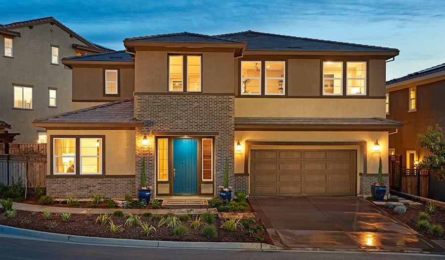 单亲家庭 为 销售 在 The Promontory At Stonebrae - Pascal 173 Sonas Drive Hayward, California 94542 United States
