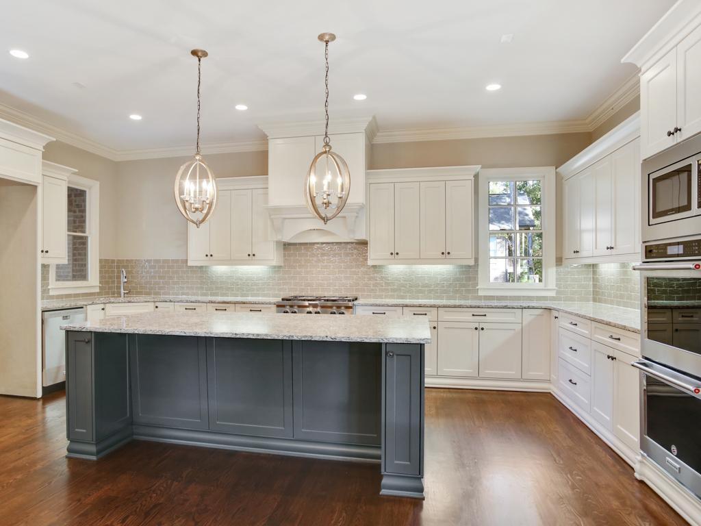 Additional photo for property listing at Castello-Rol 2631 Rowan Oak Estates Way Watkinsville, Georgia 30677 United States