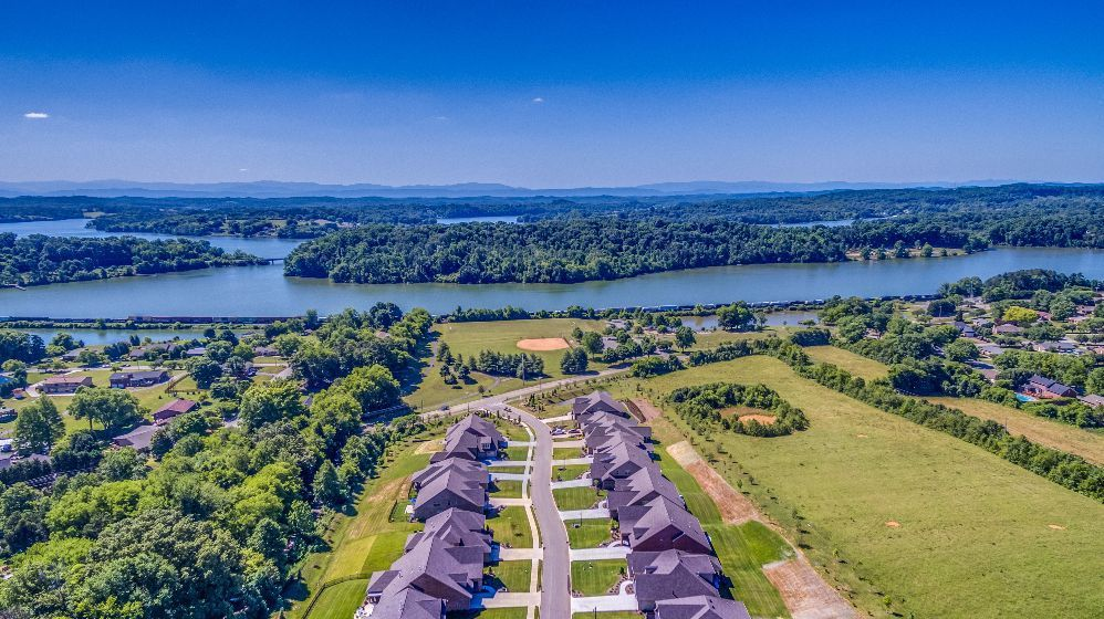 Single Family for Sale at Lakeland 639 Briarstone Ln Knoxville, Tennessee 37934 United States