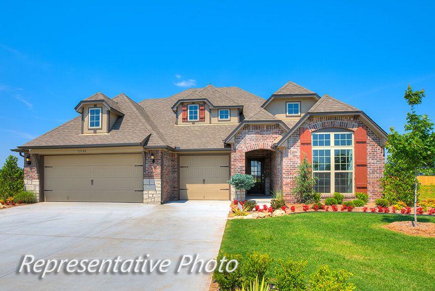Single Family for Sale at Vintage Oaks - Bakersville 6407 E. 88th St. N. Owasso, Oklahoma 74055 United States