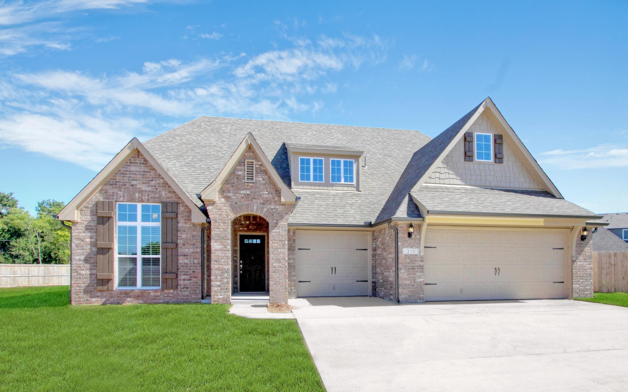 Single Family for Sale at Vintage Oaks - Lauren 6407 E. 88th St. N. Owasso, Oklahoma 74055 United States