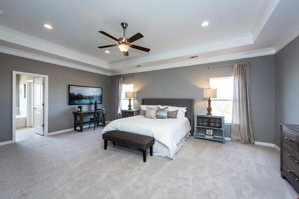 http://partners-dynamic.bdxcdn.com/Images/Homes/Smith4827/max1500_26519368-180326.jpg