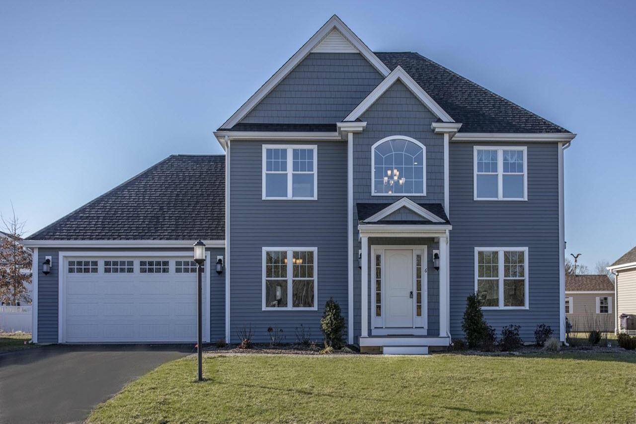 单亲家庭 为 销售 在 The Clarendon 3 Ironwood Ln. Lakeville, Massachusetts 02347 United States