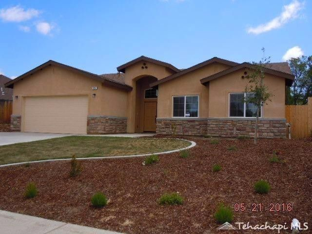 Single Family for Sale at Plan 2150 805 Mulberry St Tehachapi, California 93561 United States