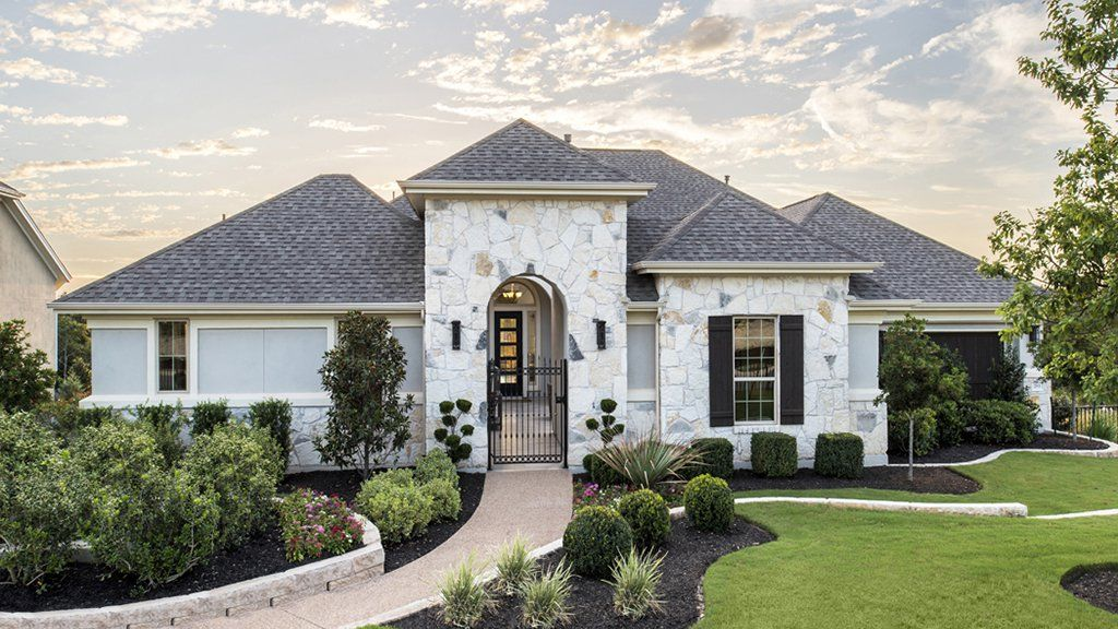 Single Family for Sale at Crystal Falls Grand View And The Overlook - Cordoba 2012 Champions Corner Court Leander, Texas 78641 United States