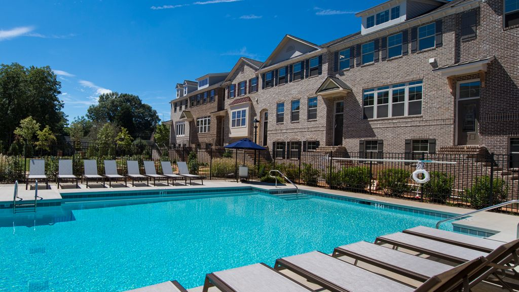 Multi Family for Active at Astor Iv 2014 Raven Way Chamblee, Georgia 30341 United States