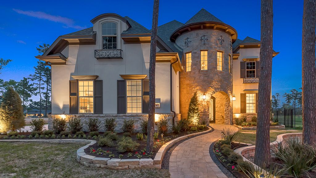 Single Family for Active at The Woodlands, Waterbridge 80s - 8091 4 Waterbridge Drive The Woodlands, Texas 77375 United States