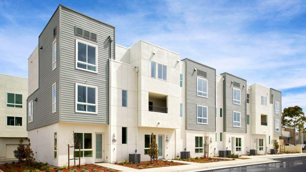 Unifamiliar por un Venta en Residence 2 Wlh 1616 Wright Avenue Richmond, California 94804 United States