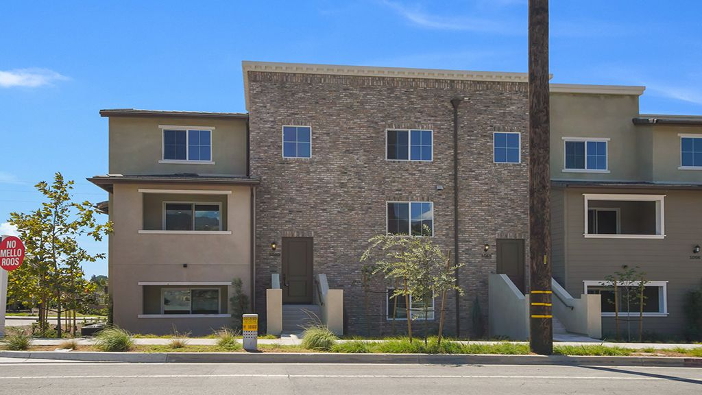 Multi Family for Active at Residence 5 Wlh 1040 W. Baseline Road Claremont, California 91711 United States