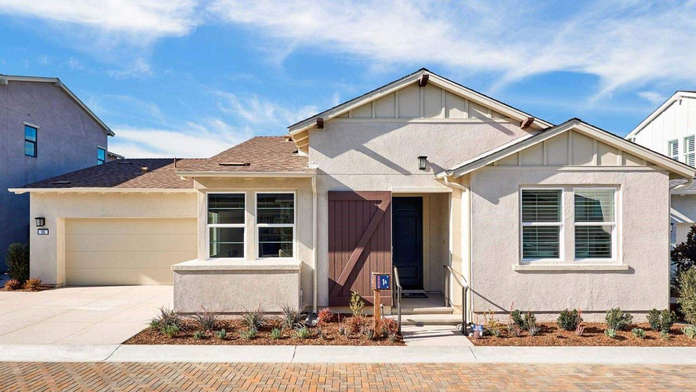 多户 为 销售 在 Residence 3 Wlh 53 Alienta Lane Rancho Mission Viejo, California 92694 United States
