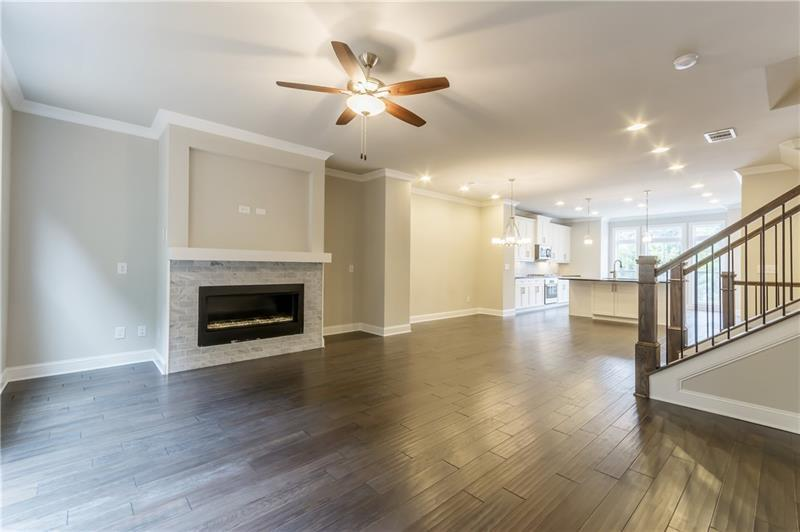 Additional photo for property listing at The Foster Ii 1722 Kenstone Walk Dunwoody, Georgia 30338 United States
