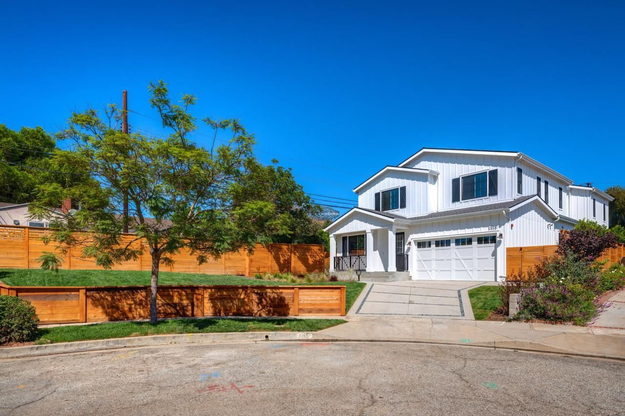 Single Family for Active at The Sequoia Collection 1310 Glenavon Avenue Venice, California 90291 United States