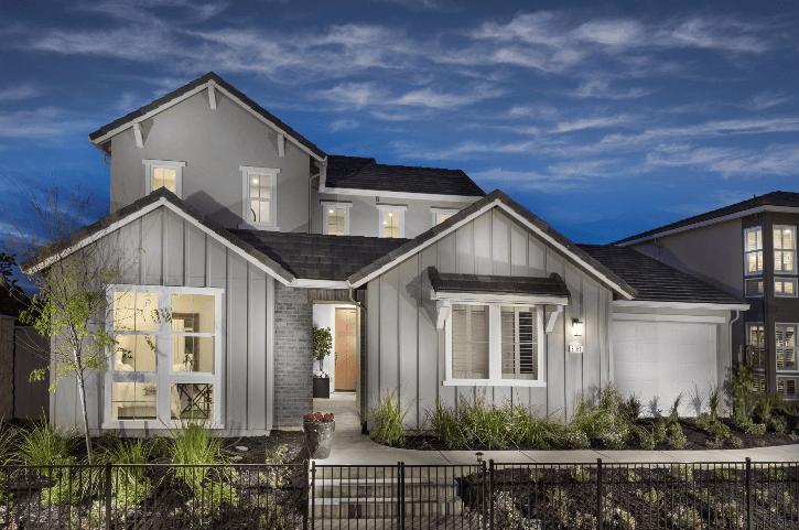 单亲家庭 为 销售 在 Residence Three 10045 Tagus Way Elk Grove, California 95757 United States