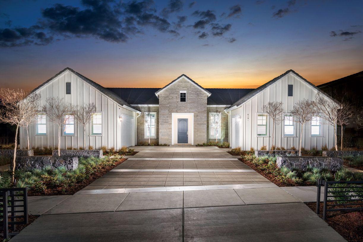 单亲家庭 为 销售 在 Skyline - Larkspur 3904 Skyline Drive Rocklin, California 95677 United States