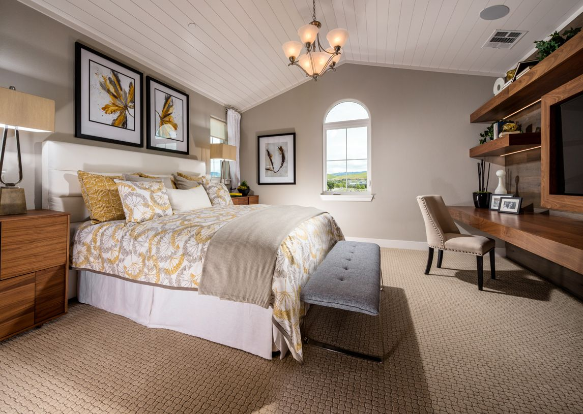 Toll brothers cantera at gale ranch miravilla 1177650 for Well designed bedrooms