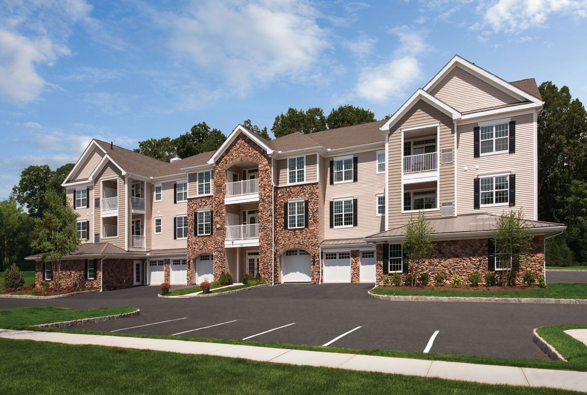 Real Estate at Newtown Woods - Regency Collection, Newtown in Fairfield County, CT 06470