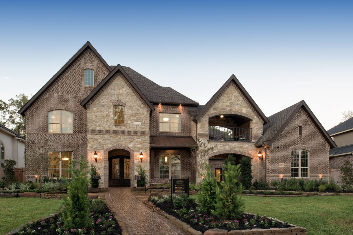 Single Family for Active at Maltese 9618 Plaza Terrace Drive Missouri City, Texas 77459 United States