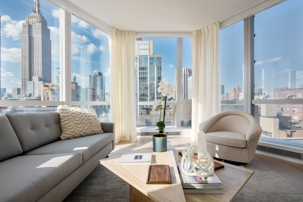 Additional photo for property listing at 400 Park Avenue South 400 Park Avenue South New York, New York 10016 United States