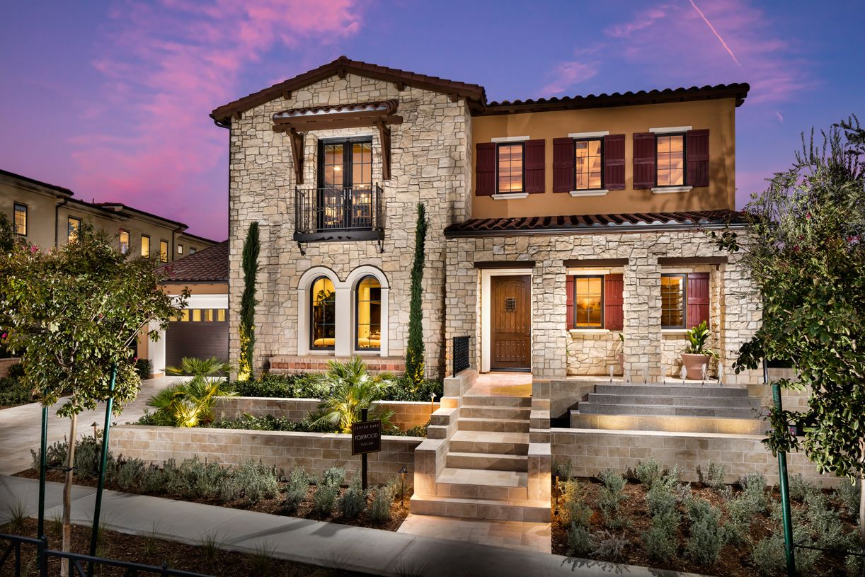 Single Family for Active at Canyon Oaks - Foxwood 11010 Sweetwater Court Chatsworth, California 91311 United States