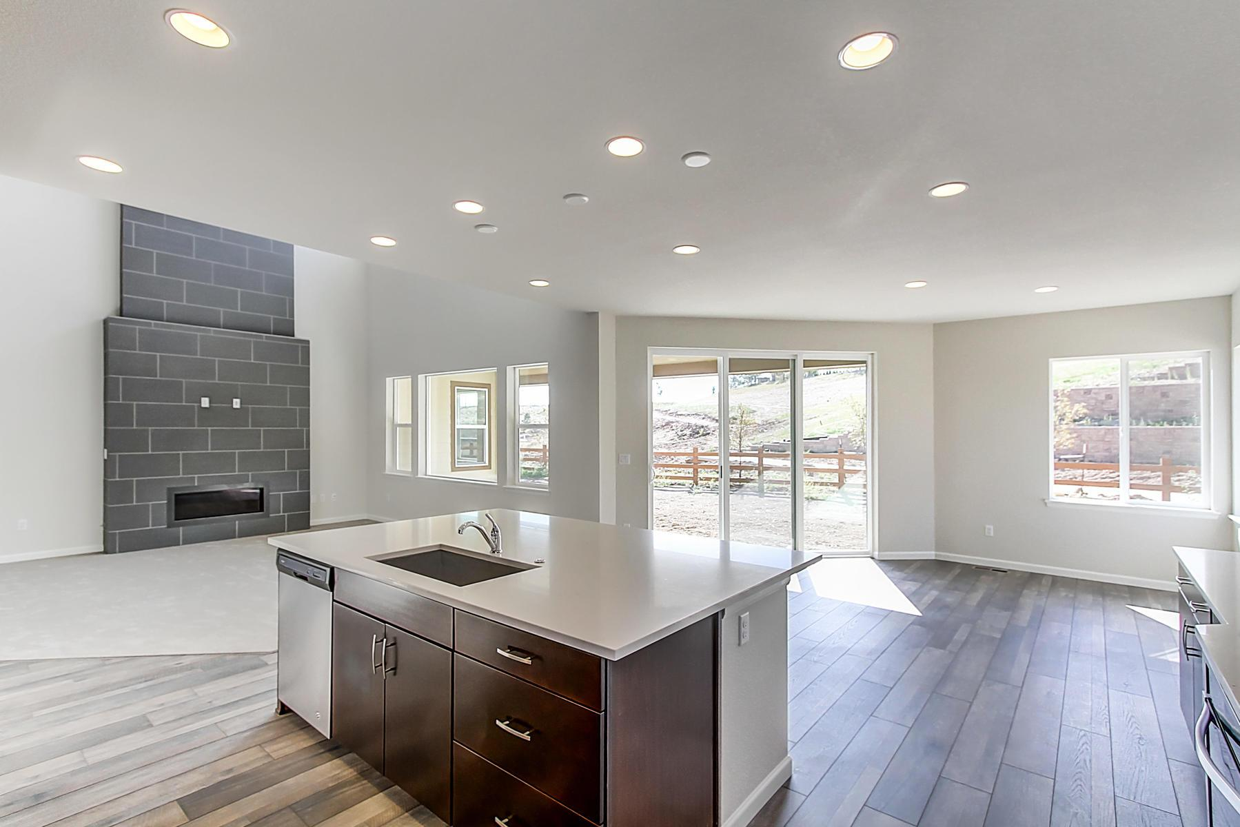 Additional photo for property listing at Residence 5005 18214 W 92nd Ln Arvada, Colorado 80007 United States